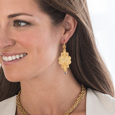 Acanthus_Statement_Earring_Scale_Julie_Vos_large
