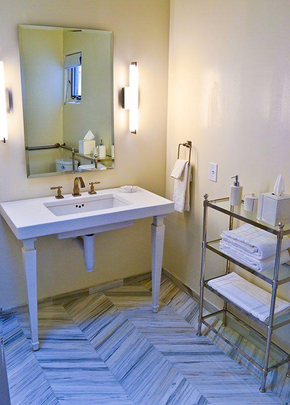 Palacio-Marquesa-Taos-NM-Romantic-Bathroom