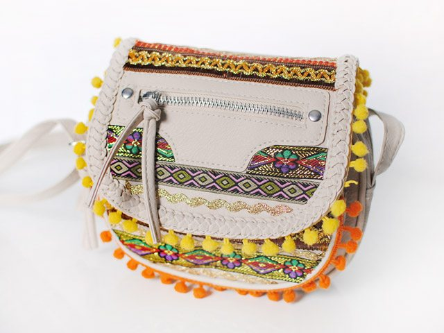 diy-pom-pom-satchel-bag-embellished